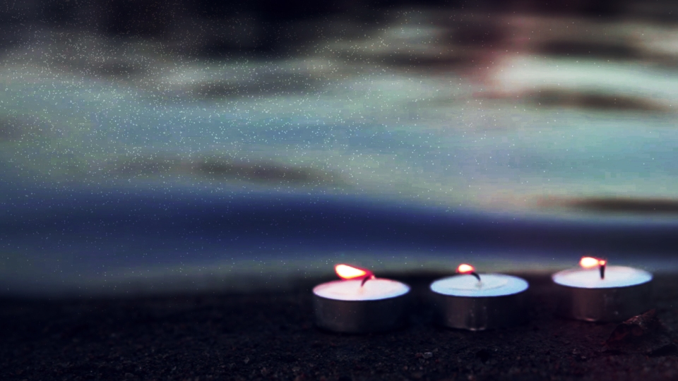 seaside-candles-three-still